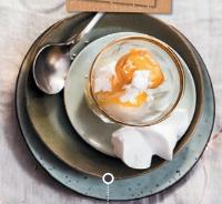 Citroensorbet met limecurd en meringue