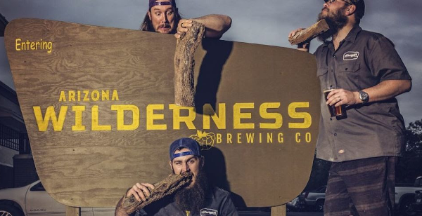 Mannen van Arizona Wilderness Brewing