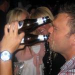 12 x mensen die niet weten hoe zij een biertje moeten drinken