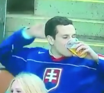 Fan verkiest bier boven vriendin