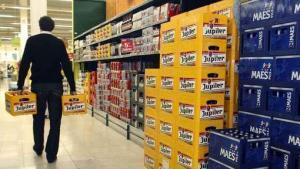 Bier kratten kopen in Belgische supermarkt