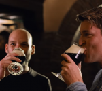 Dennis en Niels drinken hun Brand Porter